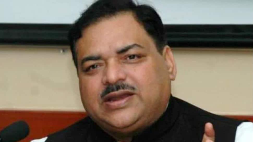 Former RJD leader Ashraf Fatmi joins JDU