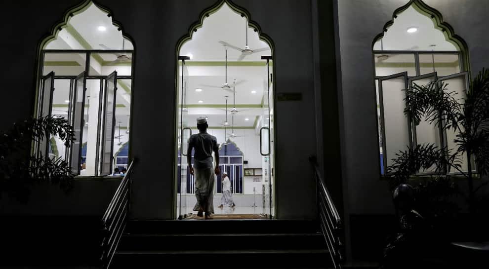 Mosques in Srinagar under MHA scanner, details of management sought
