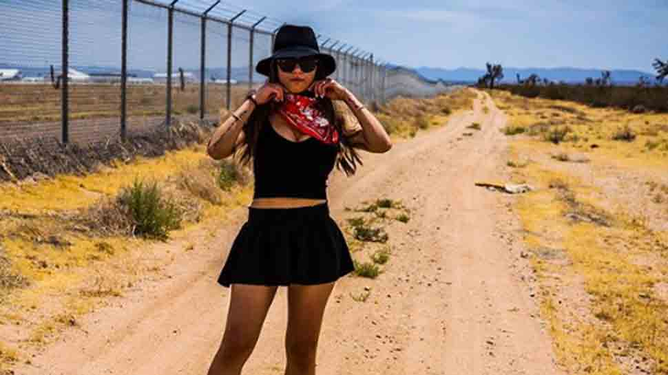 Mia Khalifa claims to raid top-secret Nevada base Area 51, shares pic