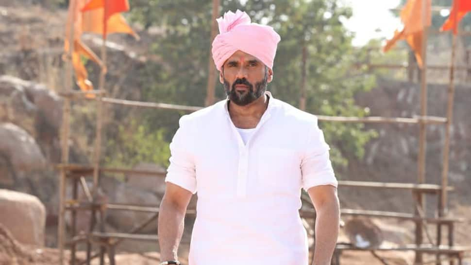 Pehlwaan first look: Suniel Shetty as Sarkar strikes an impressive pose—See photos