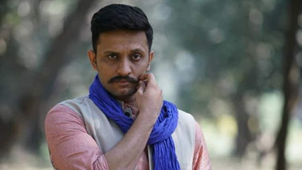 Mohammad Zeeshan plays supportive husband in 'Mission Mangal'