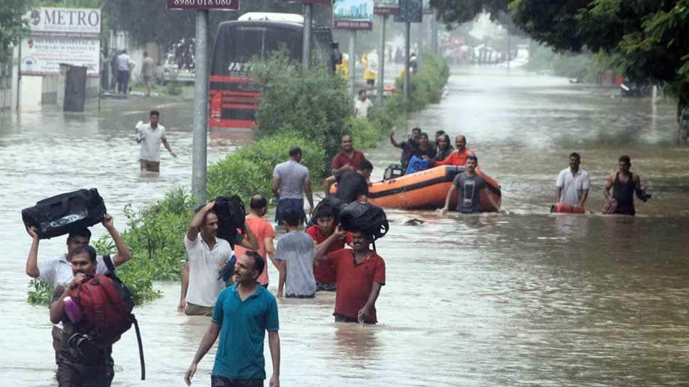 7 dead, over 1000 evacuated as torrential rains lash Vadodara; schools, colleges closed