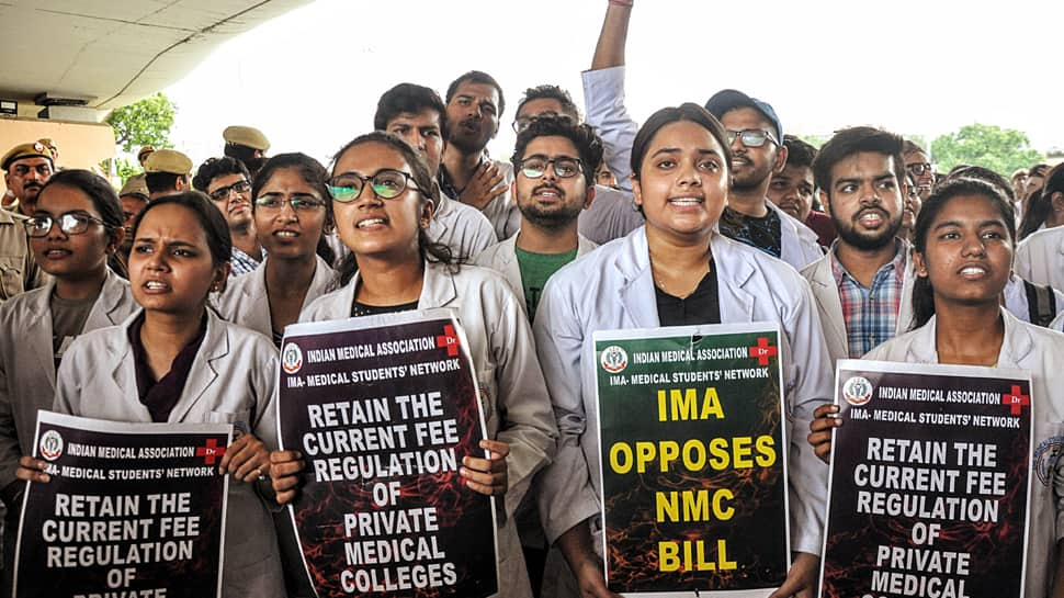 NMC Bill live updates: AIIMS resident doctors will continue indefinite strike on Friday