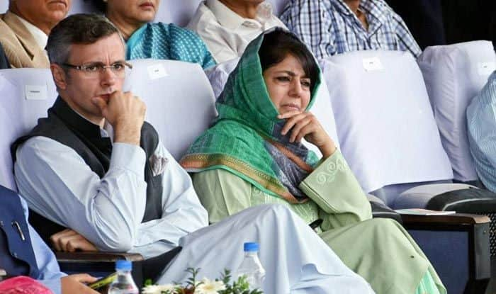 Under 'house arrest', Omar Abdullah and Mehbooba Mufti urge Kashmiris to stay united and calm