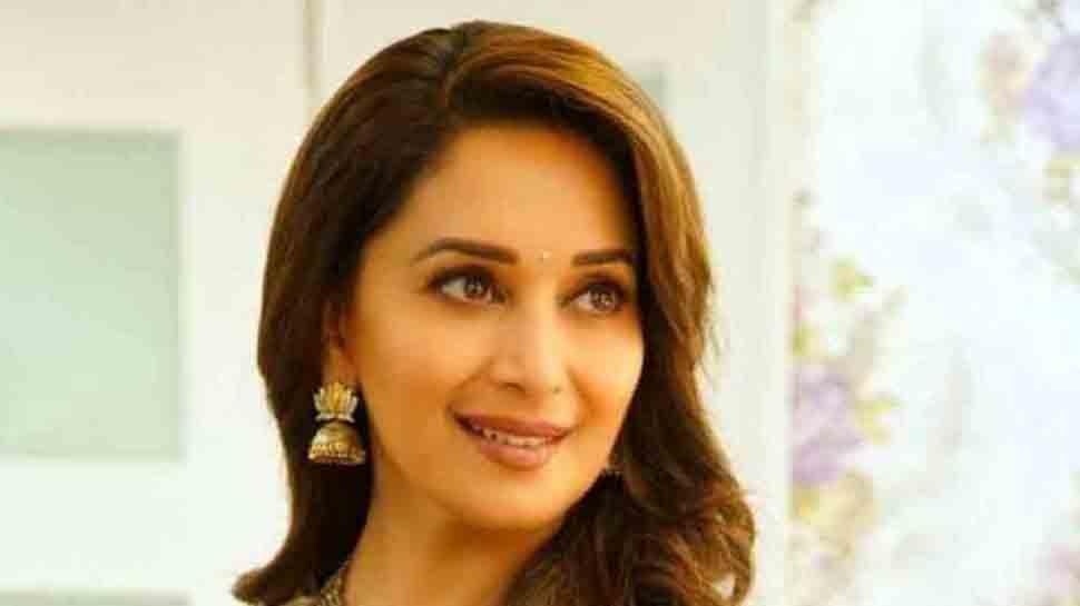 Madhuri Dixit gets nostalgic as 'Hum Aapke Hain Koun' clocks 25 years!