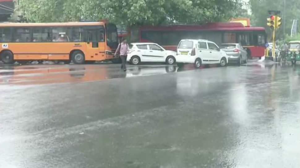 Heavy rain triggers waterlogging, traffic jams in parts of Delhi-NCR