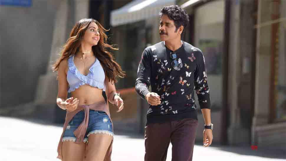 Manmadhudu 2: Chinmayi Sripaada gets trolled for Rakul Preet's liplock scene