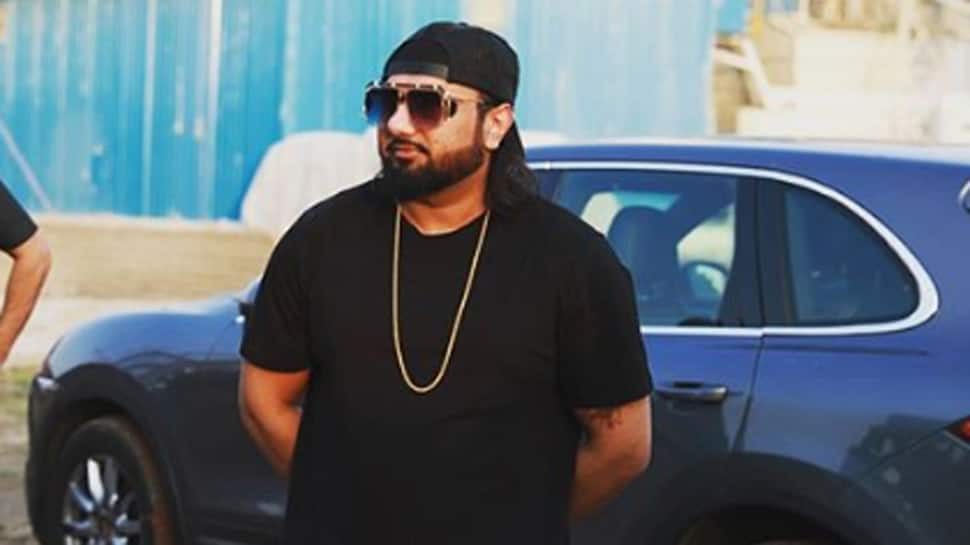 Lucknow court issues non-bailable warrant against Yo Yo Honey Singh