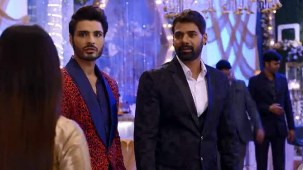 Kumkum Bhagya August 9, 2019 episode recap: Will Pragya see Abhi's face when she video calls him?