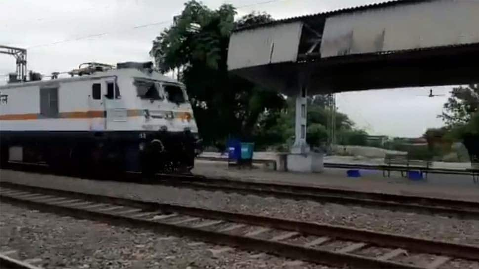 Indian Railways manufacture high speed engine touching 180 km/hour