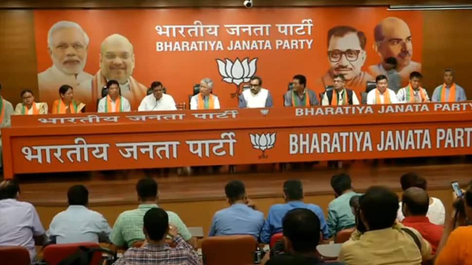 10 MLAs of Sikkim Democratic Front join BJP