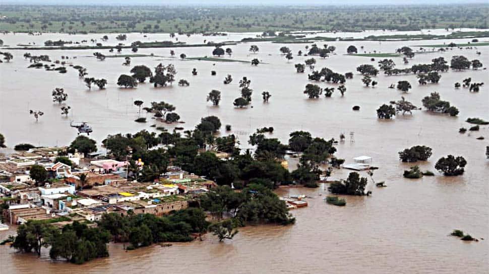 Maharashtra floods: CM Devendra Fadnavis seeks Rs 6800 crore aid as death toll touches 43