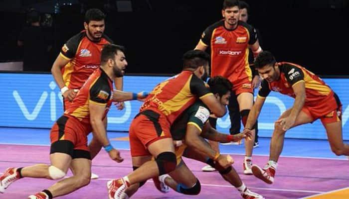 PKL 2019: UP Yoddha edge past Bengaluru Bulls 35-33