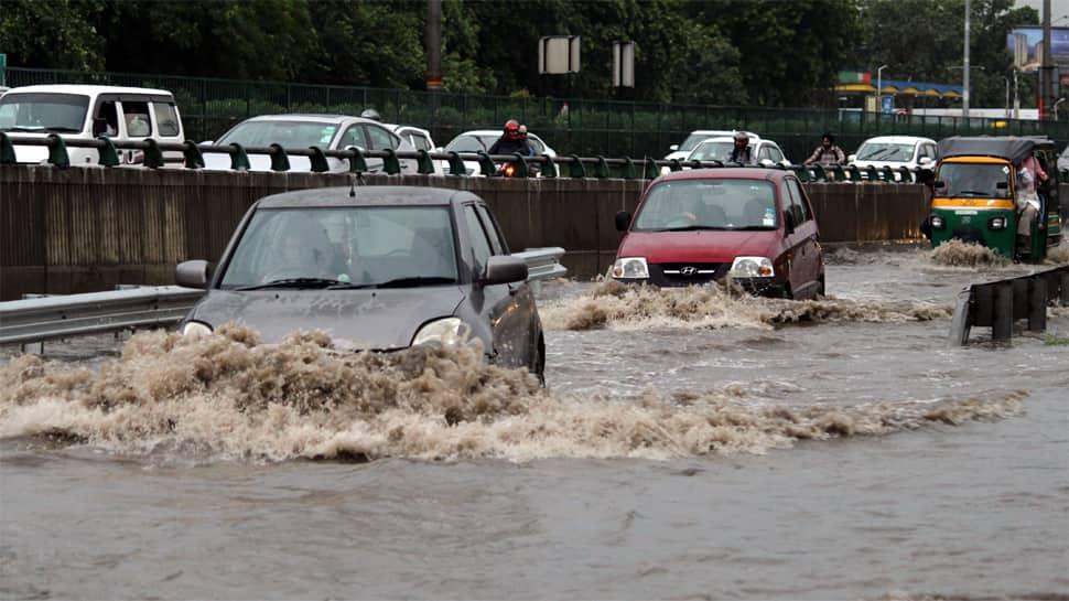 Heavy rains predicted across North India over next 2 days; flood situation grim in Kerala, Karnataka