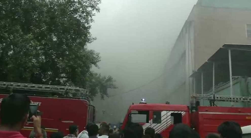 Amid AIIMS Delhi fire chaos, doctors help woman deliver baby