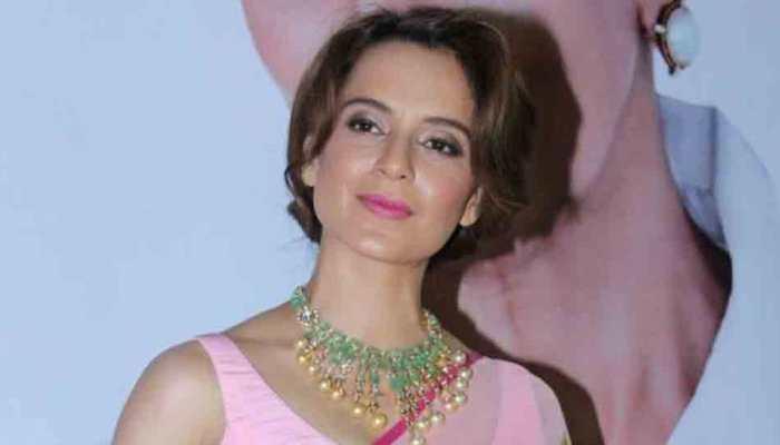 Kangana Ranaut looks elegant as she dons Rs 600 saree to Jaipur