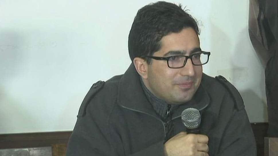 Former bureaucrat Shah Faesal moves Delhi High Court challenging his detention at IGI Airport