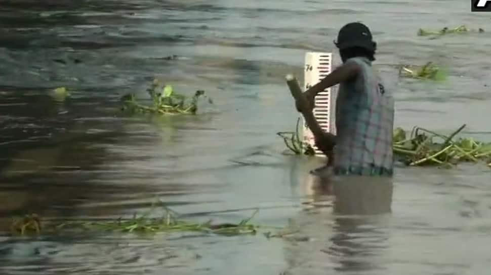 Yamuna crosses danger level, Delhi on high alert