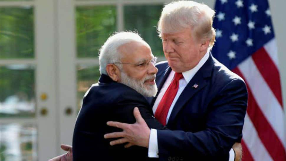 Donald Trump talks to Narendra Modi and Imran Khan, asks them to 'work towards reducing tension in Kashmir'