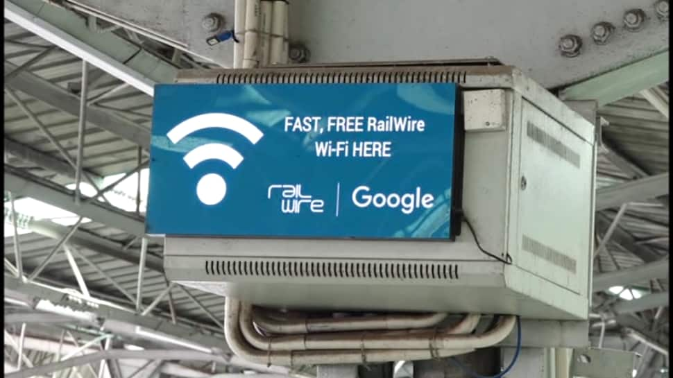 How students made use of free WiFi at Jammu station to catch up with syllabus