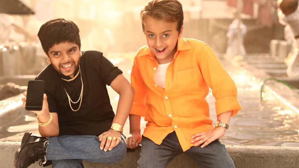Munna Bhai-Circuit reunite for Flipkart campaign
