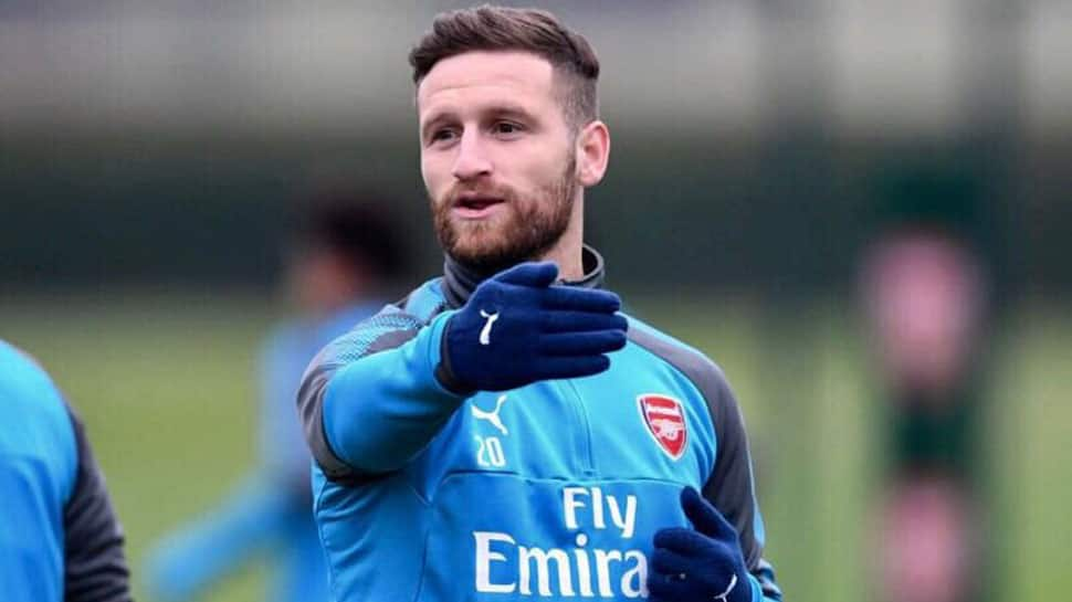 Shkodran Mustafi, Mohamed Elneny should move on, says Arsenal manager