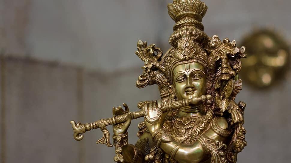Krishna: The enchanting pied piper of Urdu poetry