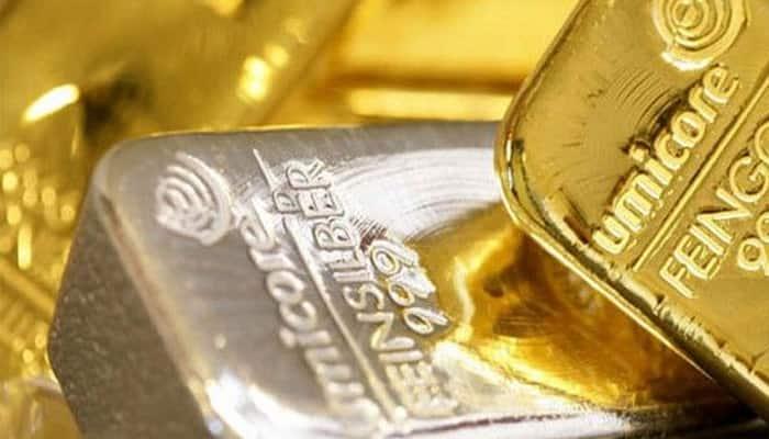 Kolkata: DRI seizes gold bars, cash worth Rs 3.29 crores, 3 arrested