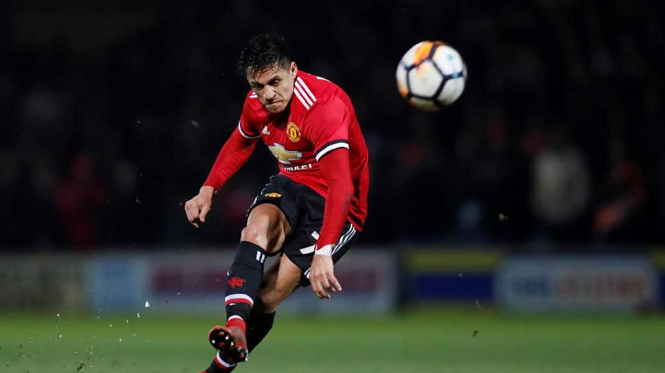 Manchester United's Alexis Sanchez completes loan move to Inter Milan