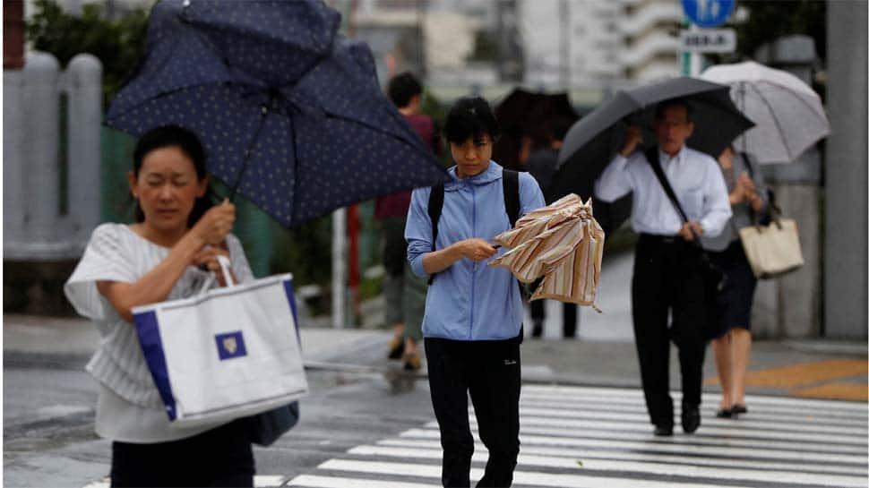 Typhoon Faxai: 17,000 stranded at Tokyo airport