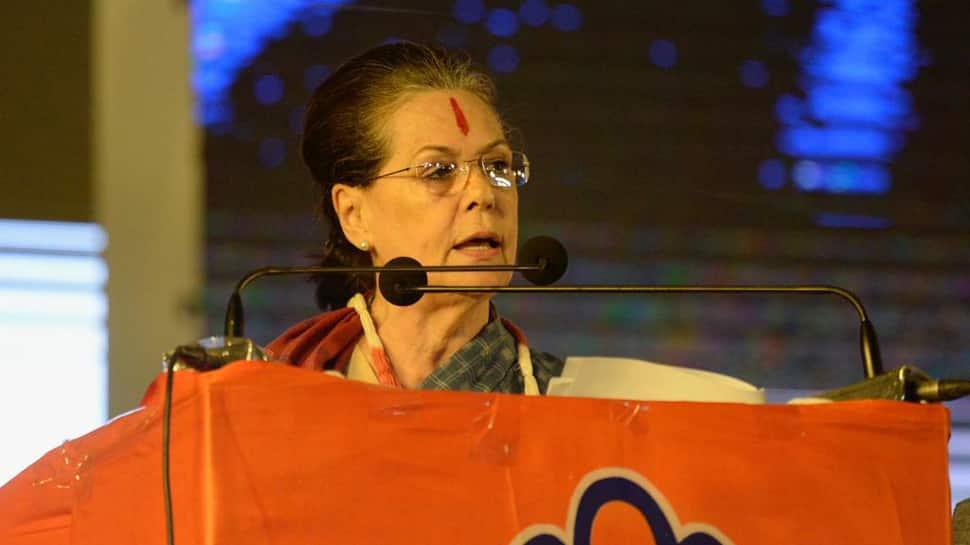 Sonia Gandhi meets Sharad Pawar; pre-scheduled meeting with Jyotiraditya Scindia deferred