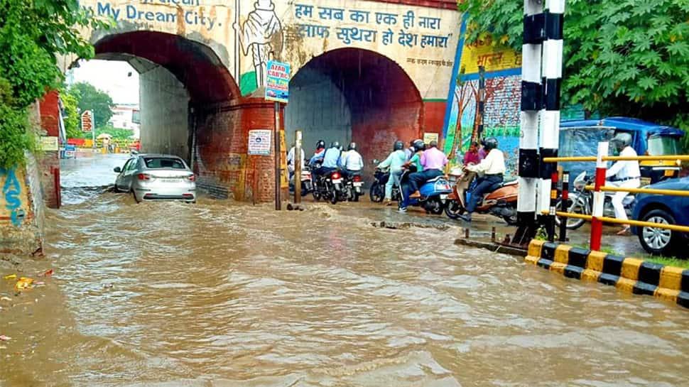 Heavy rains lash Gujarat's Ahmedabad