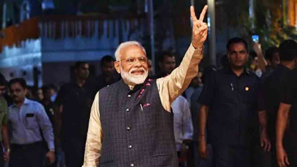 PM Narendra Modi lauds 'Coolie No. 1' team for plastic-free sets