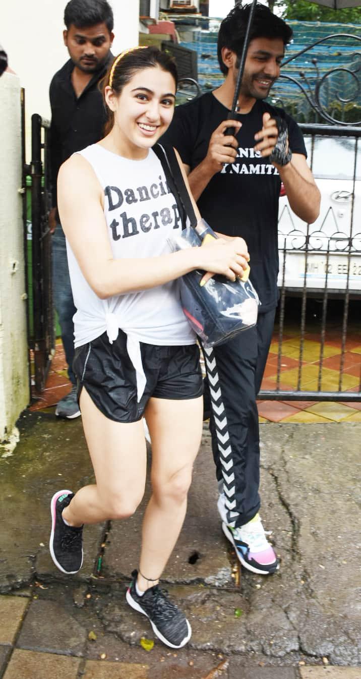 Kartik Aaryan with rumoured lady love Sara Ali Khan