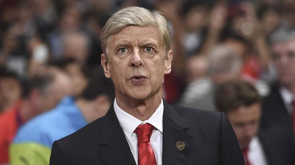 Arsene Wenger says Manchester United not mature enough for title tilt
