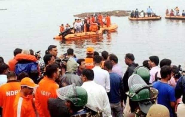 Godavari tourist boat capsize: 13 dead, no trace of 21 missing survivors
