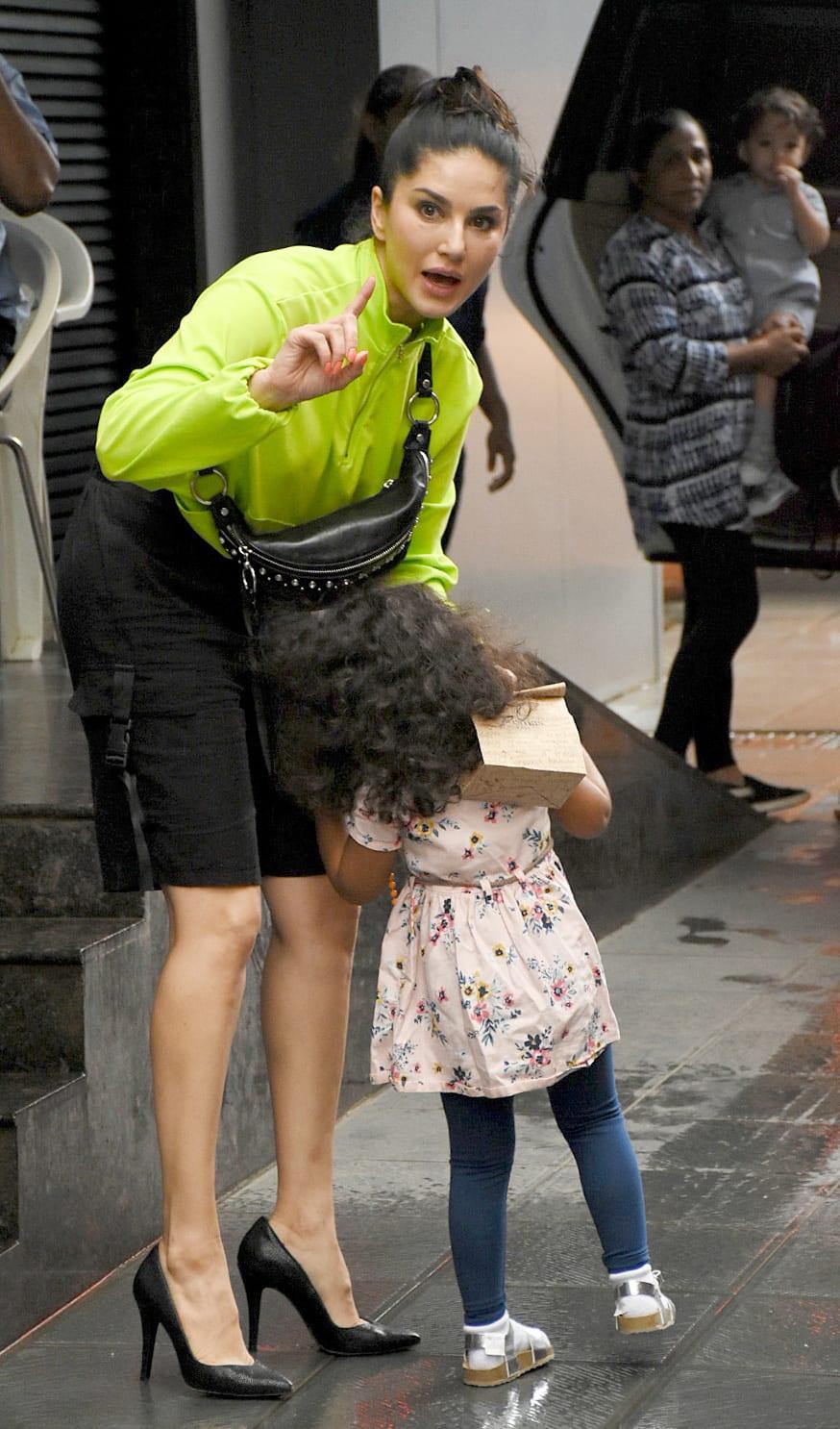 Sunny Leone with daughter Nisha