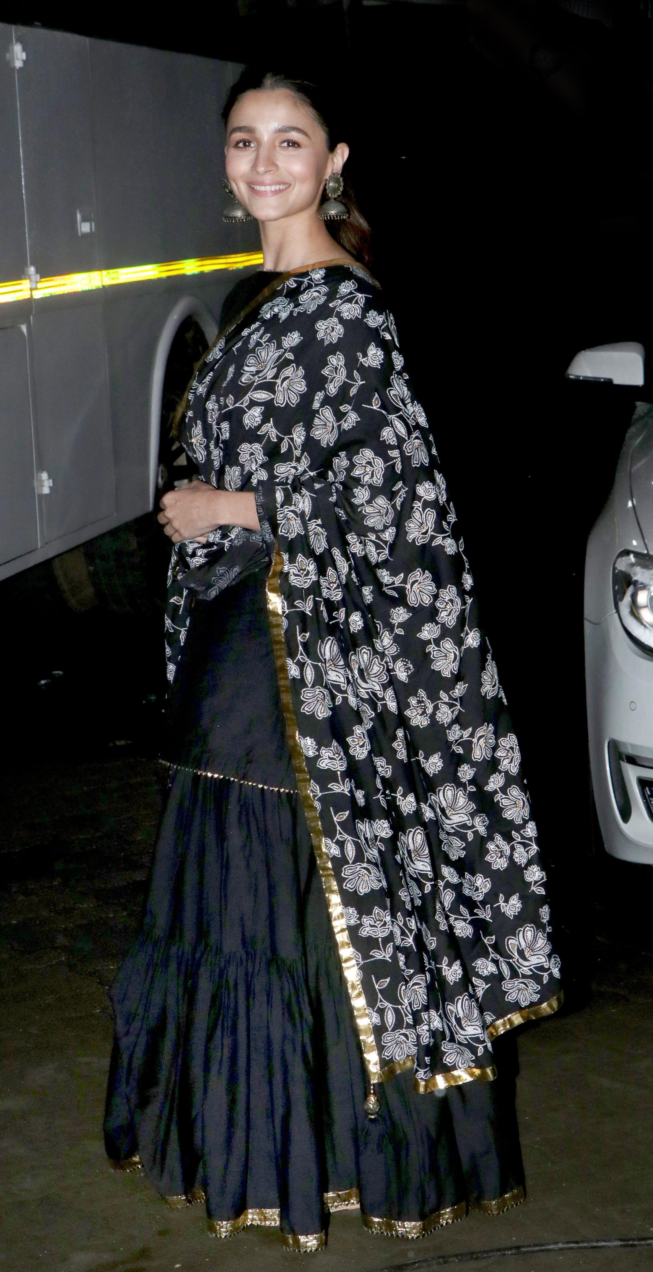 Alia Bhatt spotted in Bandra, Mumbai