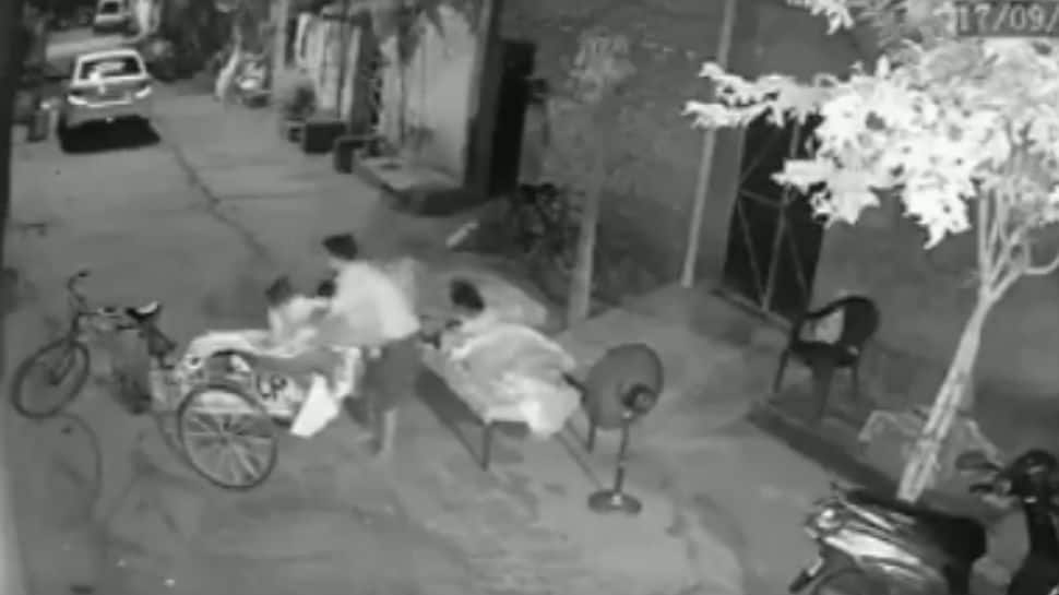 Caught on camera: Man attempts to kidnap 4-year-old in Ludhiana; arrested