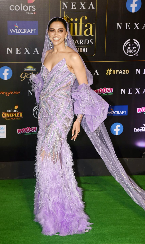 Deepika Padukone walks the green carpet for IIFA 2019