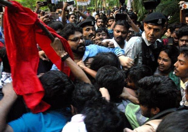 Mamata Banerjee, West Bengal Police took no action despite violence inside Jadavpur University: Babul Supriyo