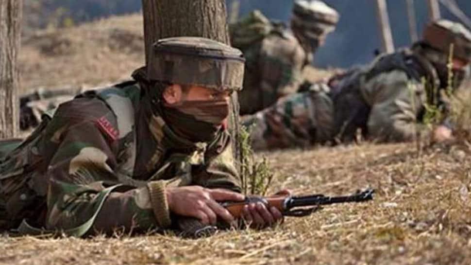 Pakistan violates ceasefire in Mendhar sector of J&K, Army retaliates heavily
