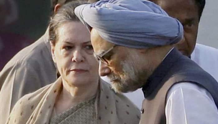 Sonia Gandhi, Manmohan Singh visit P Chidambaram in Tihar jail