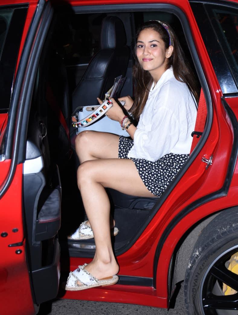 Mira Rajput looks stylish