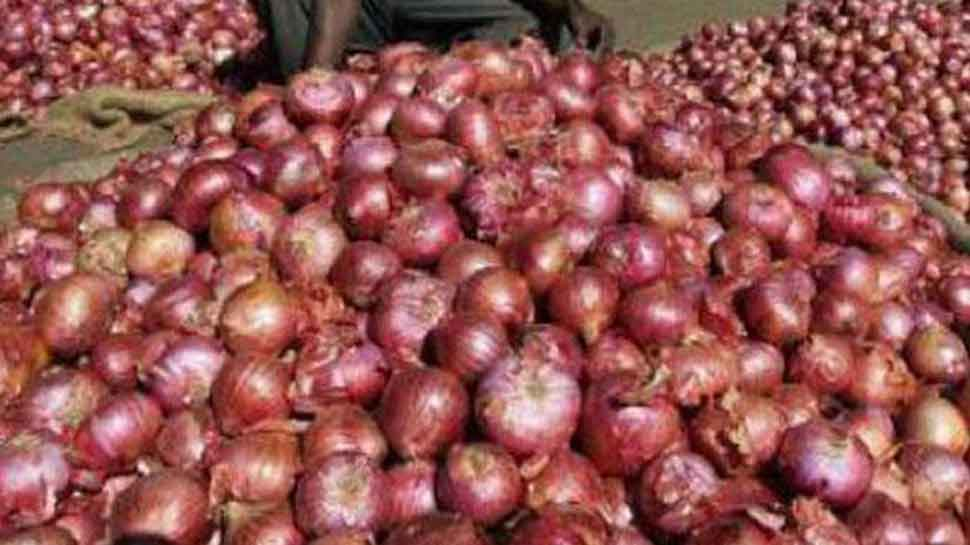 Goverment imposes stock limit on onion traders to prevent hoarding