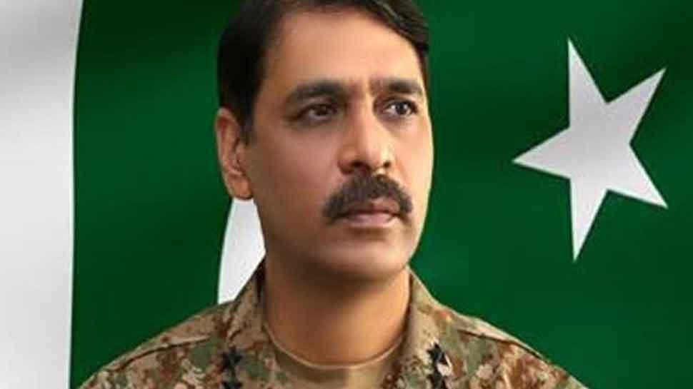 Pakistan Army spokesperson Asif Ghafoor trolled for calling Kashmir country's jugular 'vain'