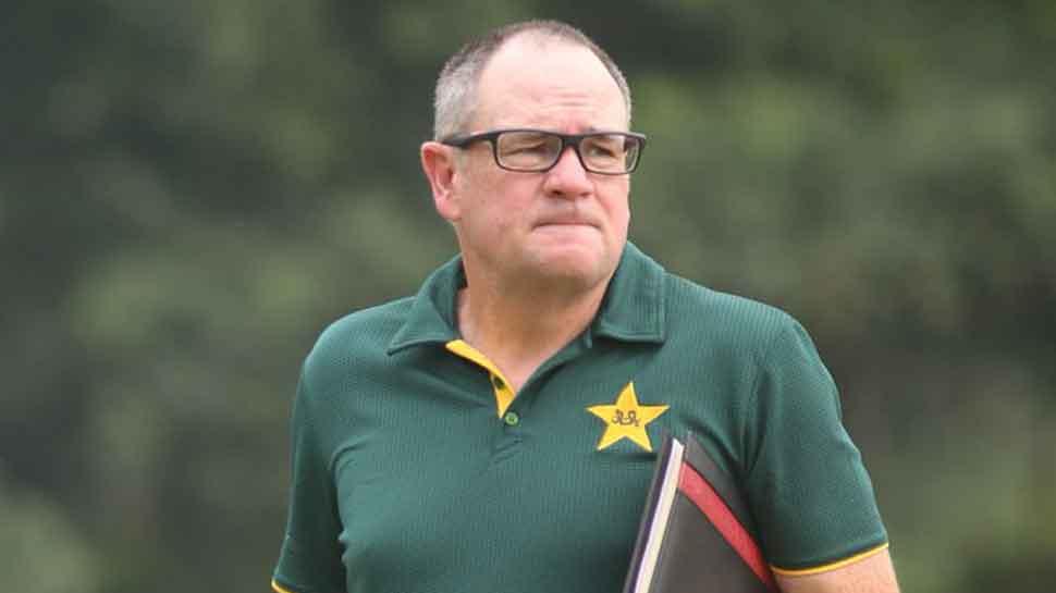 Mark Coles steps down as Pakistan women's head coach