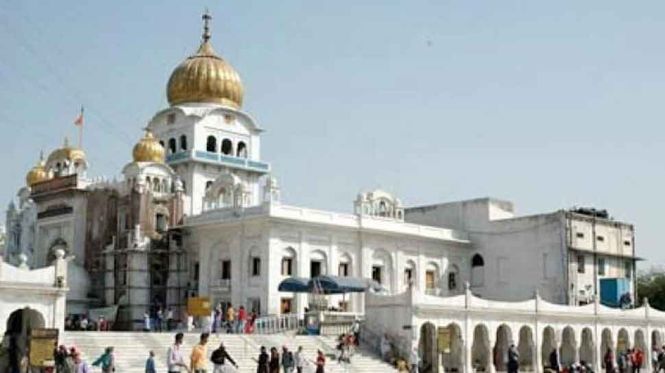 Gurdwara Bangla Sahib bans single use plastic and switched to steel.