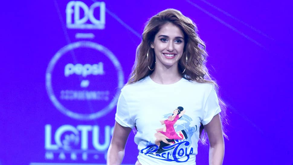 Disha Patani walks the ramp in casuals; looks gorgeous as always! See pics