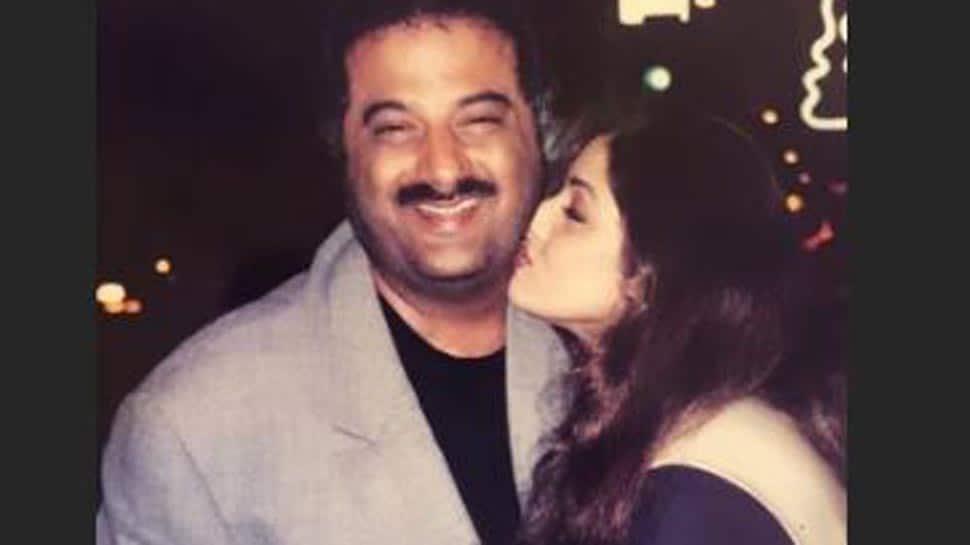 Janhvi Kapoor shares a throwback picture of her parents Boney Kapoor-Sridevi